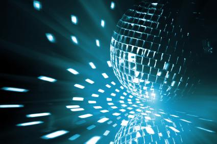 94ef85a79a79 Jag erbjuder flera olika ljud & ljus alternativ som passar alla typer av  arrangemang... bröllop, födelsedagar, fest, konferens, företagsevent,  modevisning, ...